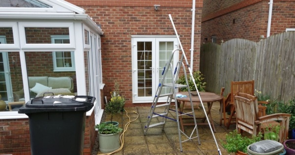 A solid conservatory roof is more resistant against leaks 2