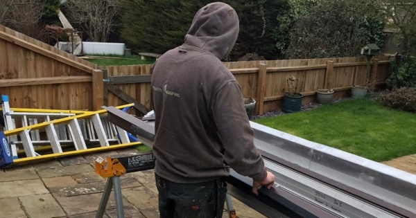 P4R empoyee installing guardian conservatory roofing 2