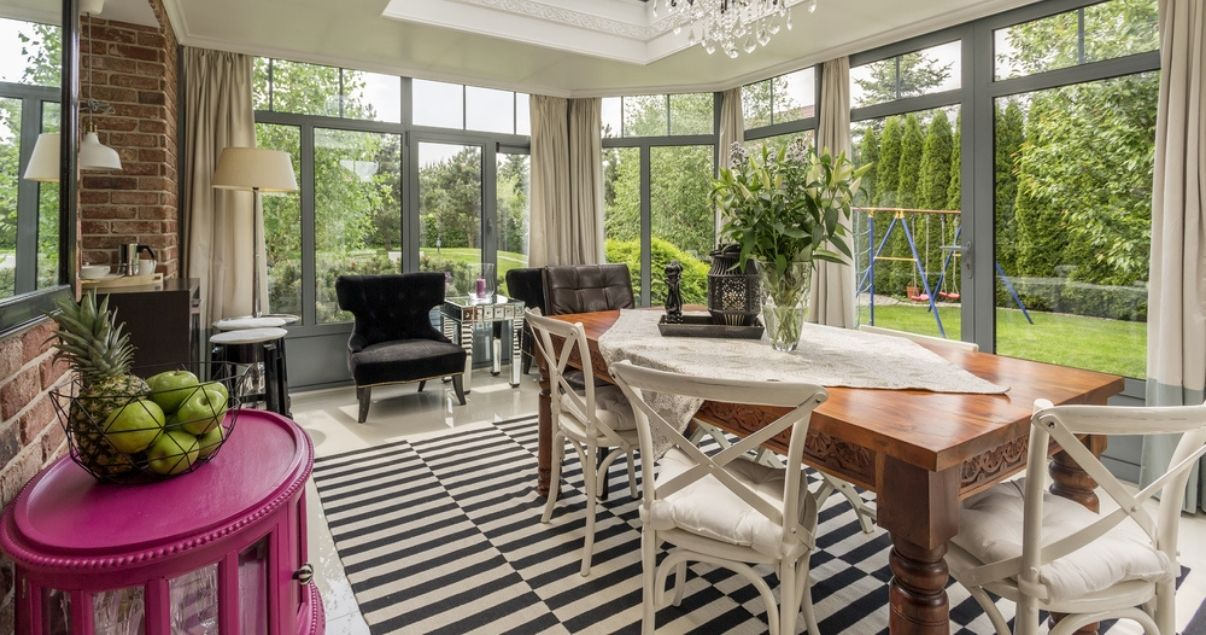 Nice and bright conservatory with big windows
