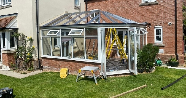 Reduce noise and sun glare with a guardian warm roofs approved by the LABC.